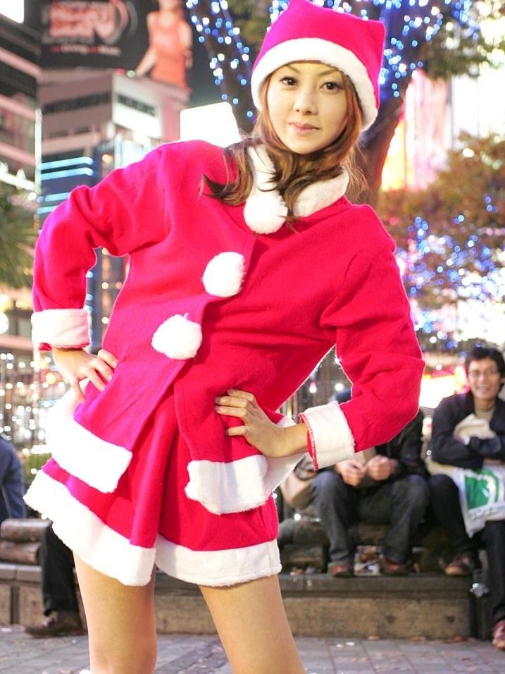 Japan Santa Cosplay Girl