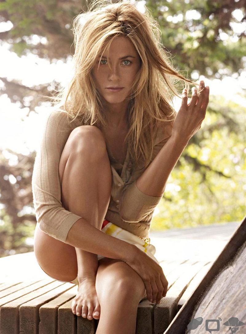Jennifer Aniston in Vogue Magazine