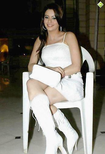 Aamna Shariff hot photo