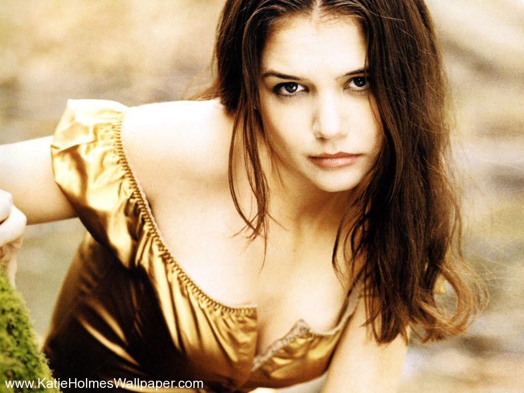Katie Holmes hot photo