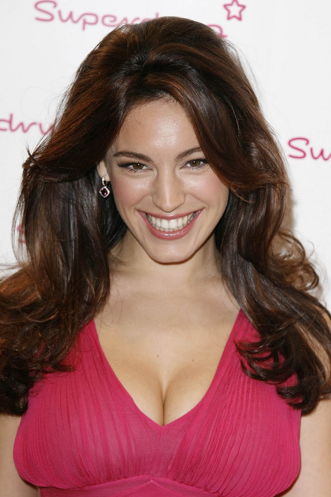 Kelly Brook hot photo