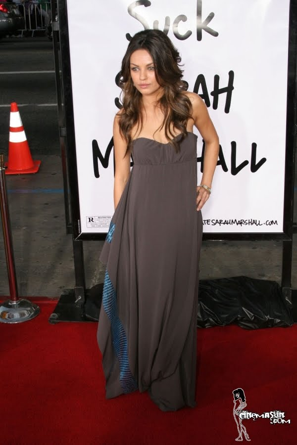 Mila Kunis sexy pic