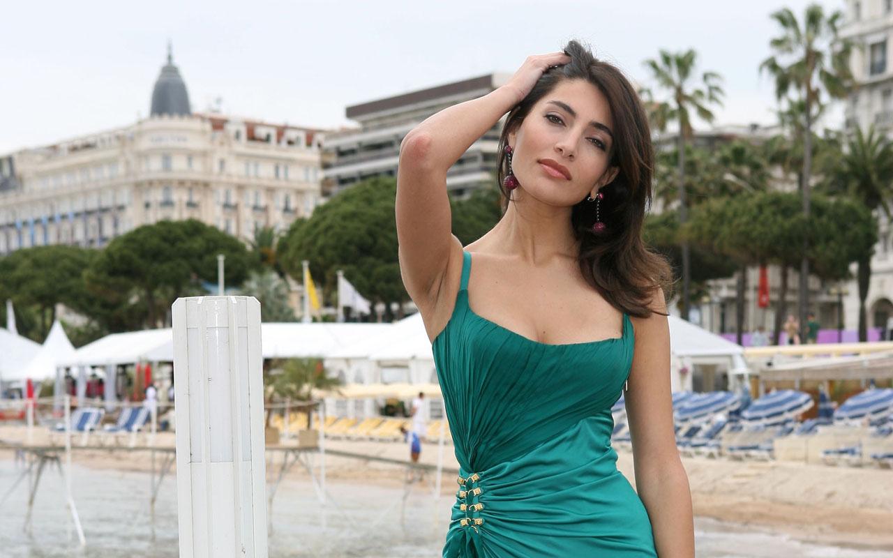 Caterina Murino sexy pic