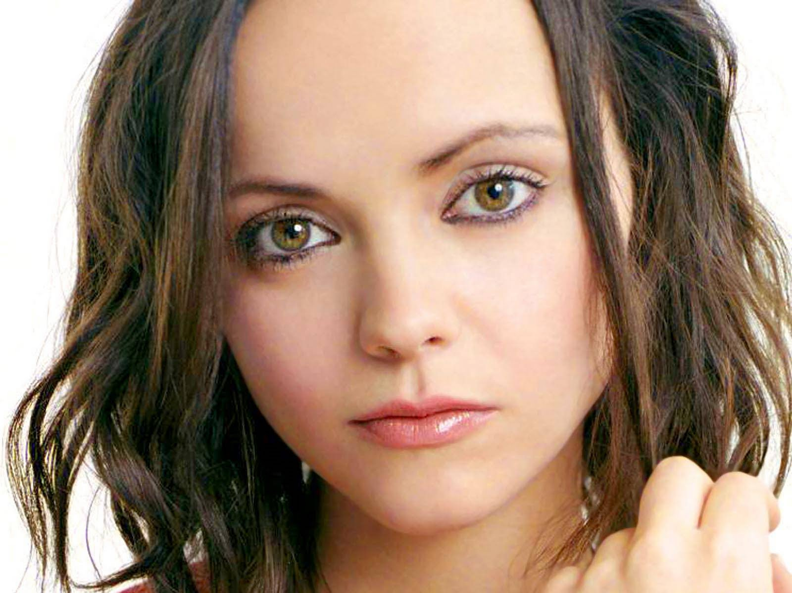 Christina Ricci hot photo