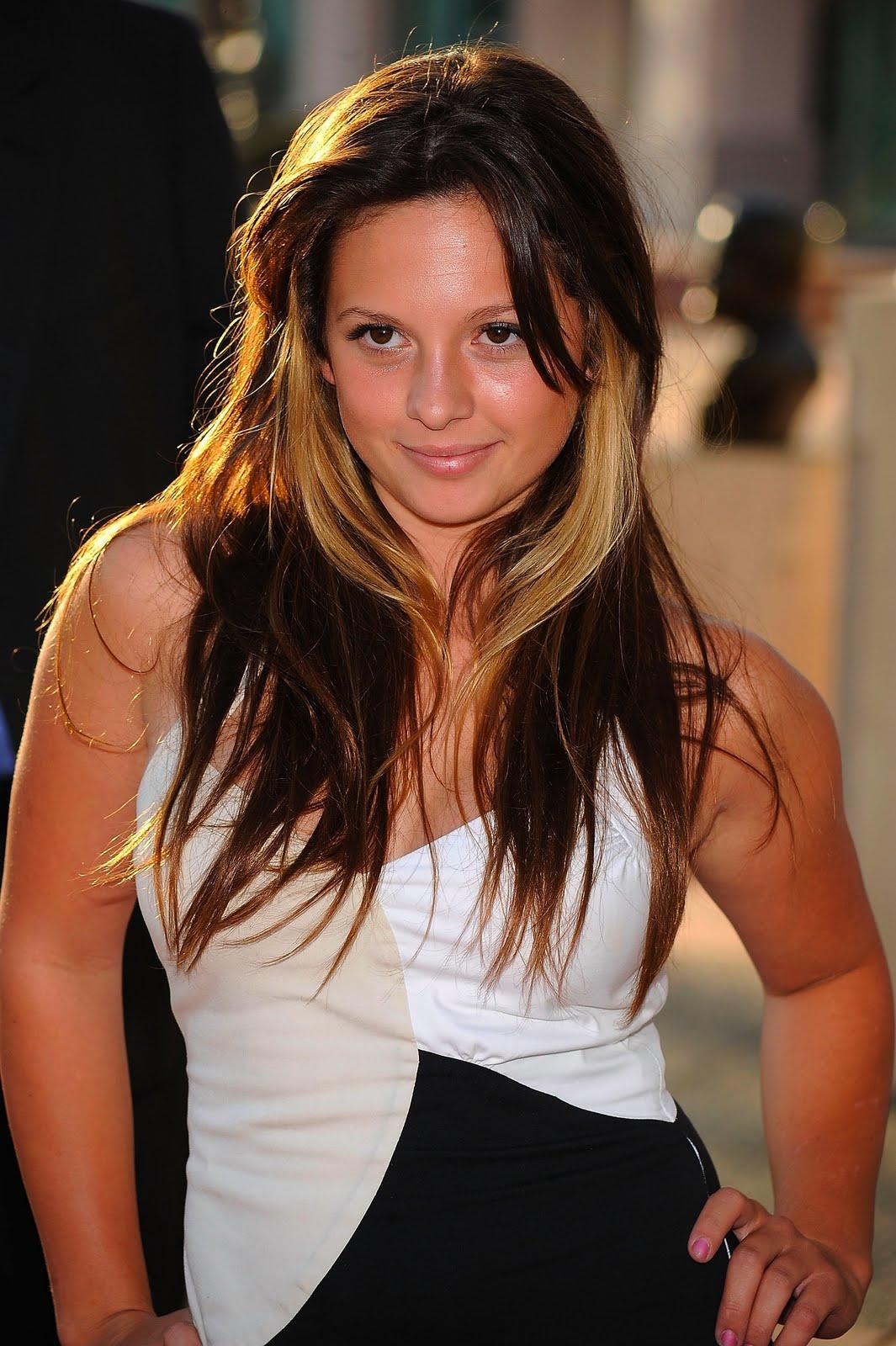 Mackenzie Rosman sexy pic