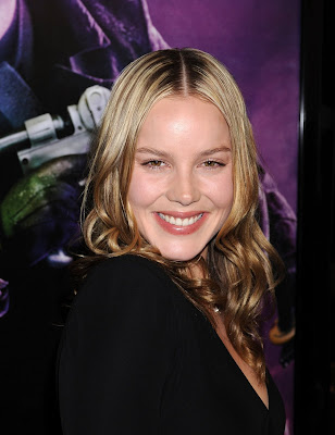 Abbie Cornish hot photo