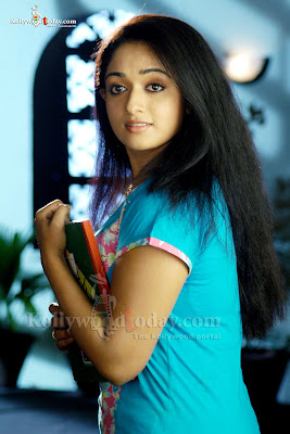 Kavya Madhavan sexy foto