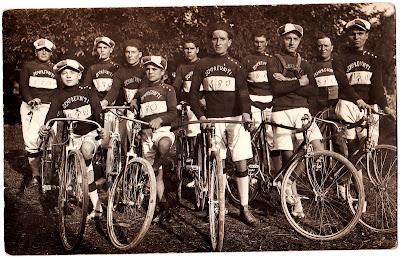Ostra,1920,gruppo ciclistico