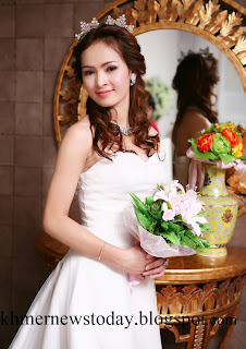 Sex Khmer 2010 http://cambodiantoday.blogspot.com/2010/01/beautiful-khmer-girl.html