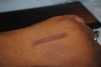 Swatch of the Day: JORDANA QUICKLINER LIPS RAISIN