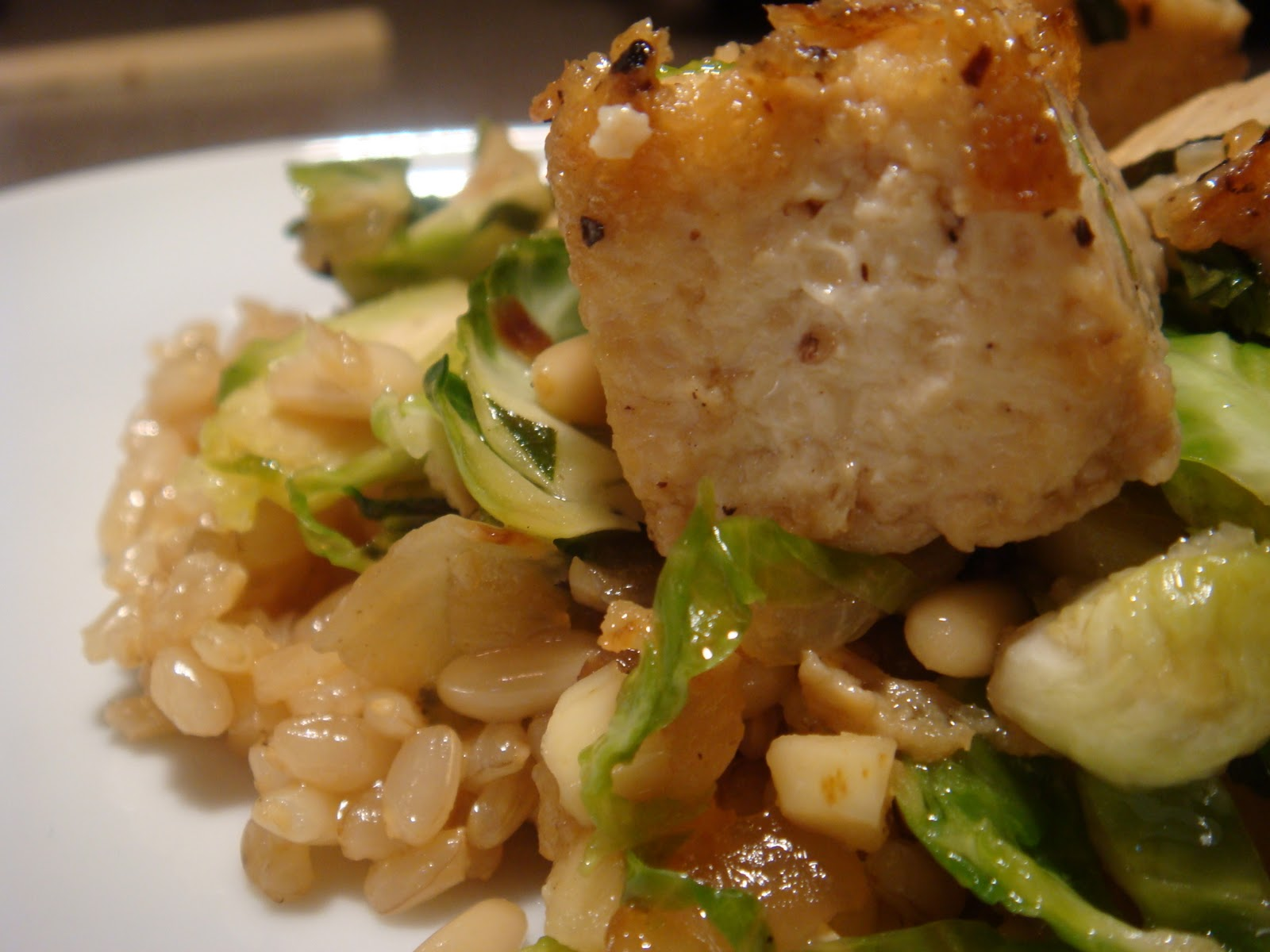 Luscious Kitchen: Caramelized Tofu and Brussels Sprouts