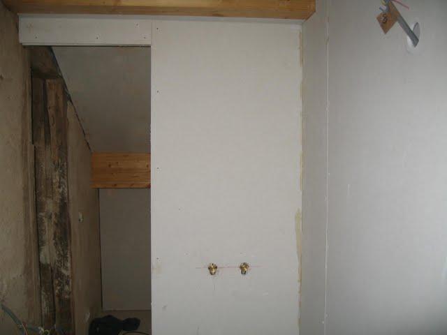 4 murs un toit et nous l 39 hiver arrive - Peinture sans cov ...