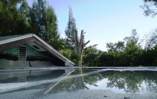 イケスの有る屋根