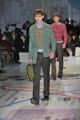 moda uomo Prada a/i 2010-2011: maglioni vintage