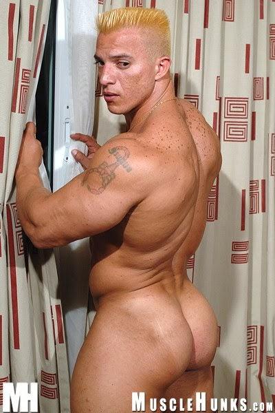 Resultado de imagem para Edward Duque naked