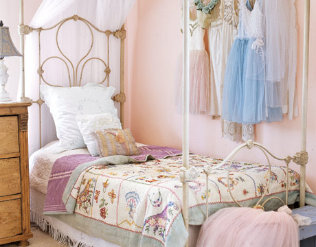 Studio bees appletrees kinderkamers met een vleugje nostalgie children 39 srooms with a twist - De meidenkamers ...