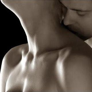 Juegos juegos de sexo y besos en la cama -