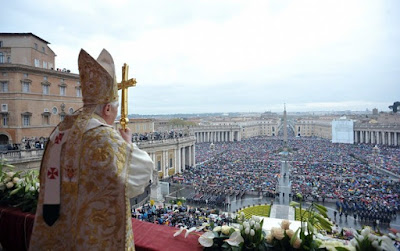 //www.newliturgicalmovement.org/2010/04/papal-mass-of-easter-day.html | NewsBusters.org