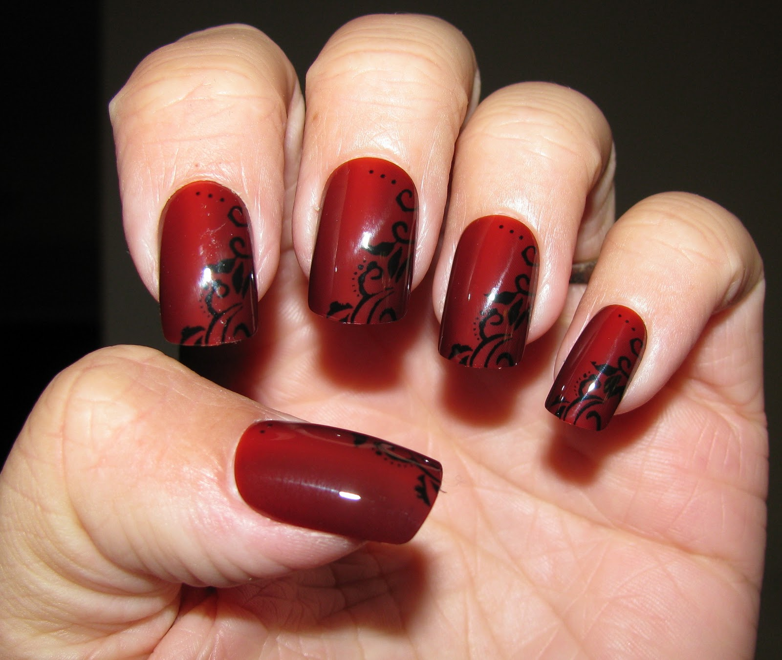 Nail'd & Polish'd: Kiss Halloween Nails