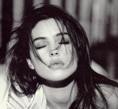 Site Blogspot  Monica Hairstyles on Grils Man On World  Monica Bellucci