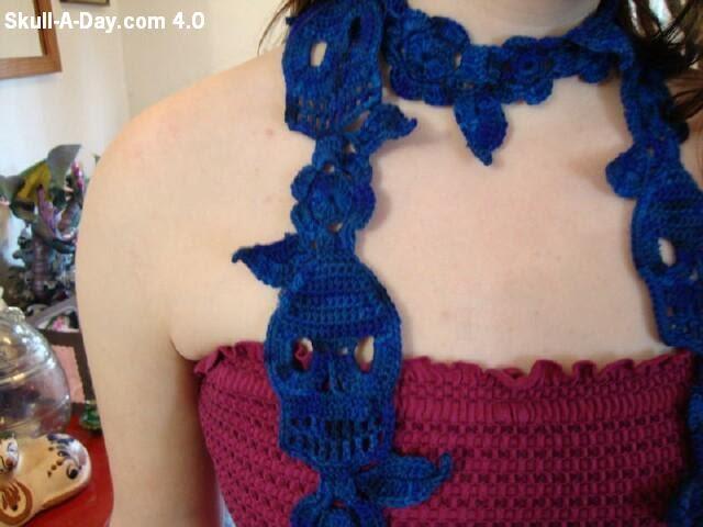 Knitting Pattern Skull Scarf : Knit & Crochet Skulls