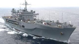Διαμαρτυρία χθες στον Αστακό κατά του αμερικάνικου πολεμικού πλοίου.