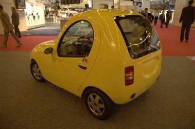 Китайский электромобиль Tang Hua Xiao Ya