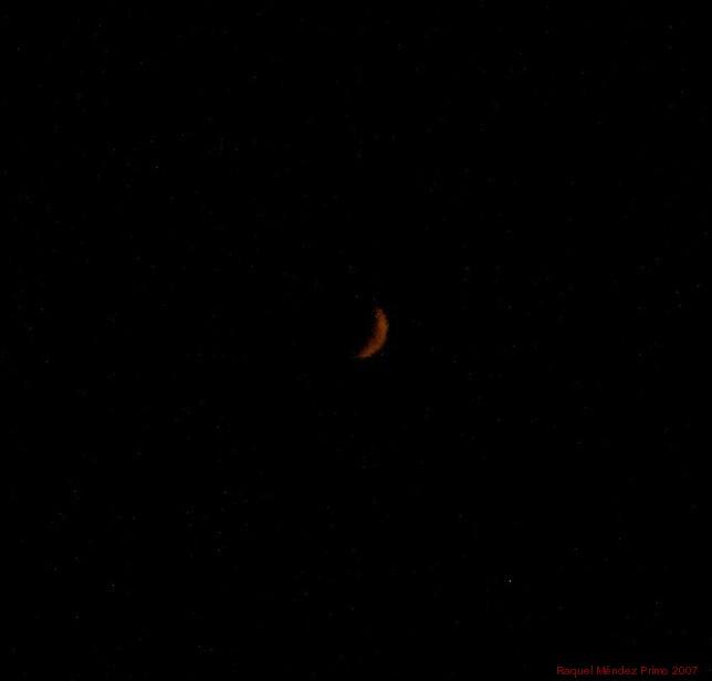 [Luna+roja.jpg]