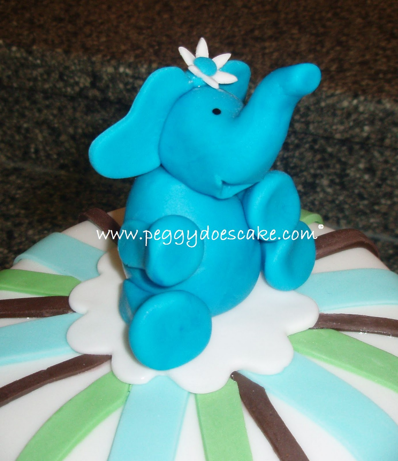 Elephant Baby Shower Cake click photos to enlarge