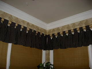 christy 39 s thrifty decorating thrifty curtain rods. Black Bedroom Furniture Sets. Home Design Ideas