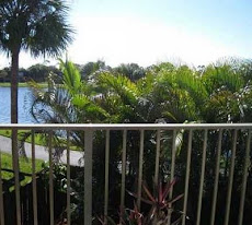 LAKEFRONT TOWNHOUSE SOLD: Lakes of Boca Rio townhouse, 2 bedrooms, 2 baths, fenced patio on lake