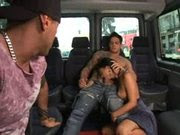 "Suzana Rios em ""Dando na Van"""