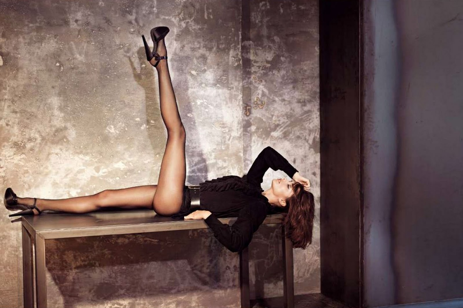 http://2.bp.blogspot.com/_775ESC4svi8/TSkpWK9tbTI/AAAAAAAAA98/T6rlE0sHQ1k/s1600/miranda-kerr-sexy-elle-09.jpg