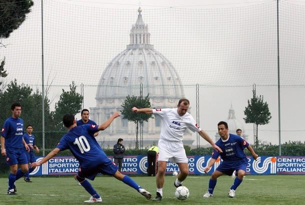 Euro 2016 : El Vaticano adentro, tiemblan las potencias