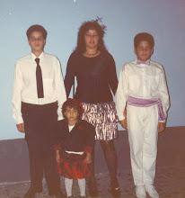 Com meus filhos Miguel, Alberto e Edileuza, minha filha adotiva