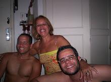 Eu com meus filhos Alberto e Miguel
