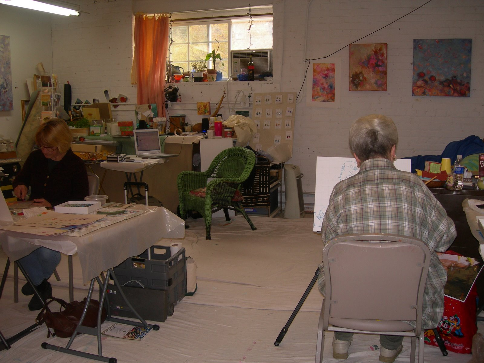 Studio and Critique Class at River's Edge Studio