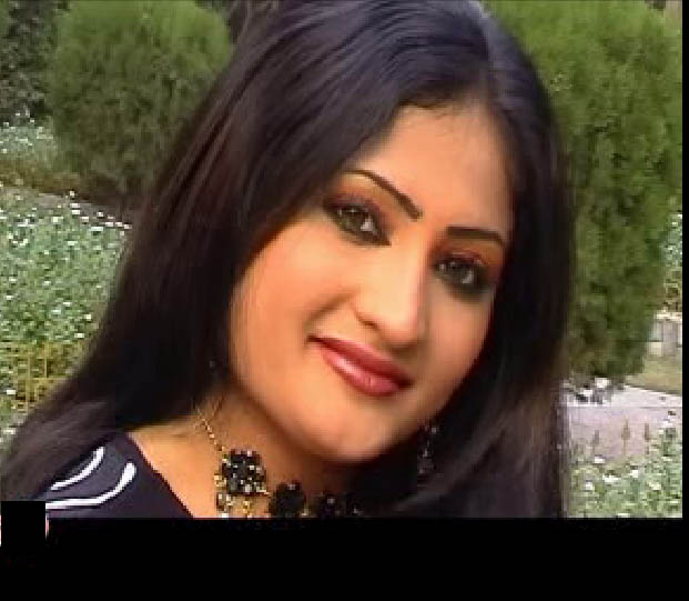 Salma Shah Six Video http://semonoiku.blogspot.com/2010/05/famous-pashto-model-actress-salma-shah.html