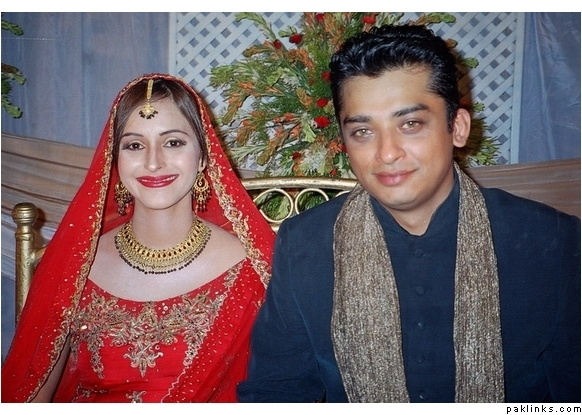 Savera Nadeem Wedding Photos http://alexa-blog-info.blogspot.com/2011/05/savera-nadeem-wedding.html