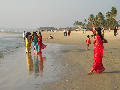 Indian Goa Girls Swimming On