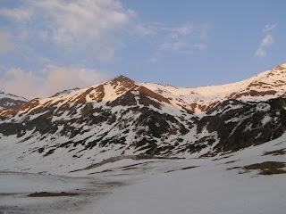 Cerul si muntele