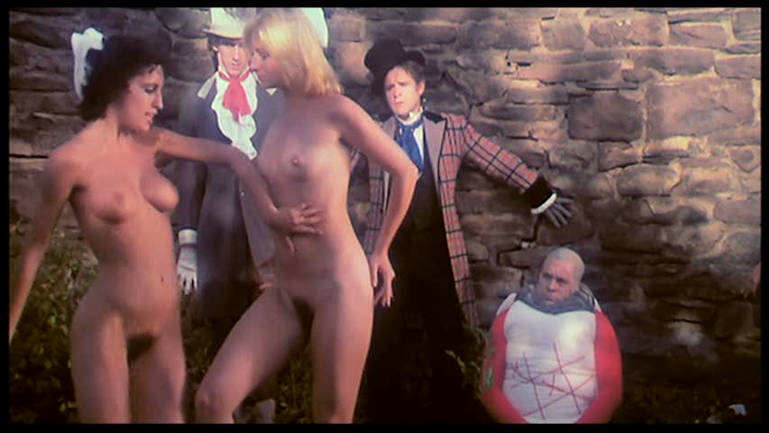 Алиса в стране чудес фильм порно классика