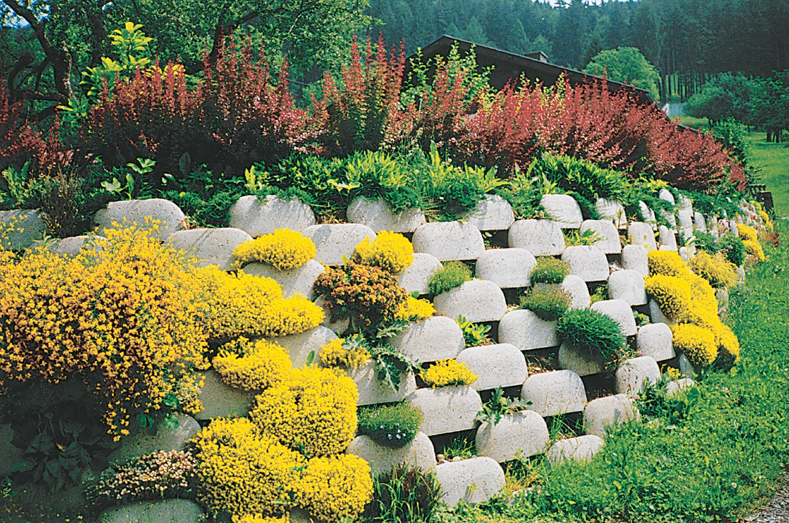 Plantable Retaining Wall Systems
