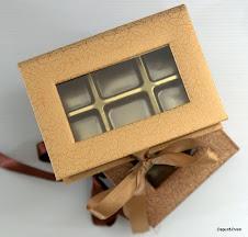 Kotak Hard Cover + 6 biji Coklat