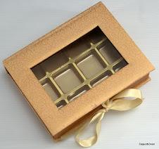 Kotak Hard Cover + 12 biji Coklat