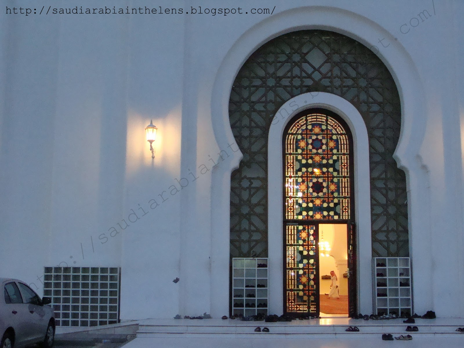 mosque in riyadh saudi arabia through the lens. Black Bedroom Furniture Sets. Home Design Ideas