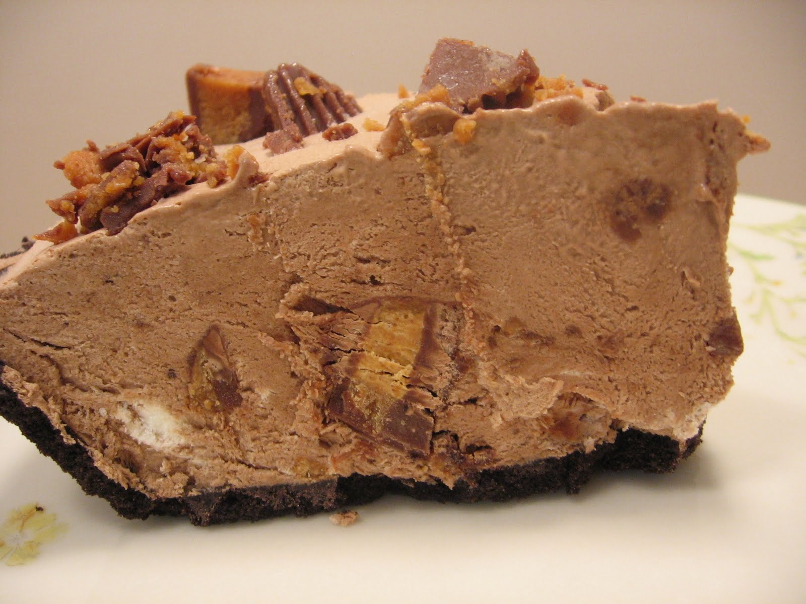 Jenn's Food Journey: Peanut Butter Cup Pie
