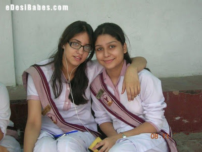 lahore college girls1 595x446 beauti....1 image gallery