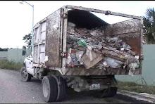 Camion de Basura Abandonado