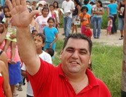 Y Addala Makled Este Ltimo Candidato Opositor A La Alcalda Del Municipio Valencia Estado Carabobo Tres Funcionarios De Polica Estadal